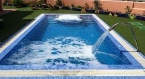 zwembad voorbeeld