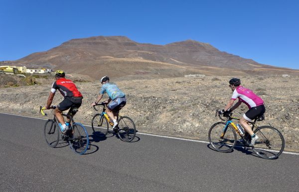 Fuerteventura racing bike tours